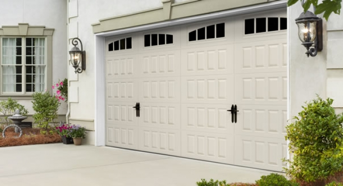 Carriage garage doors garage door carriage carriage for Coventry garage doors